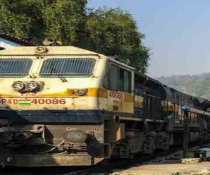 1200 passengers stranded in Surat Gujarat due to lockdown were transported to Uttarakhand by a special train..
