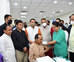 Chief Minister Shri Pushkar Singh Dhami launched the Sputnik-V vaccine at Graphic Era Institute of Medical Science Dhulkot Mafi, Selakui Road.