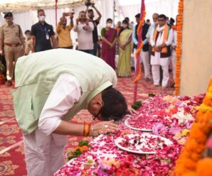 Chief Minister Pushkar Singh Dhami pays tribute to the martyred state agitators in Khatima